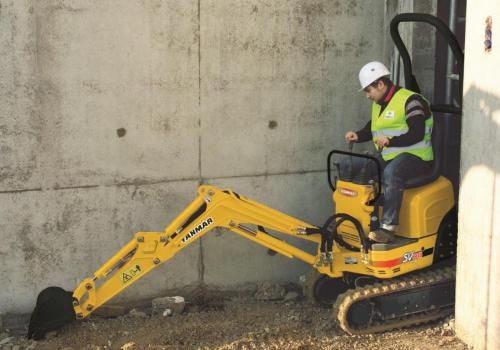 Yanmar SV08-1AS Micro Excavator - 1035kg operating weight, tracks only 680mm wide!