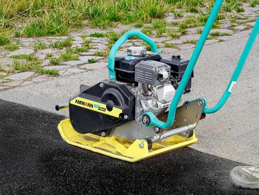 APF Forward Travel Plate Compactors